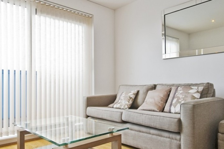 Free Style Blinds and Shutters Holland Roller Blinds 720 480